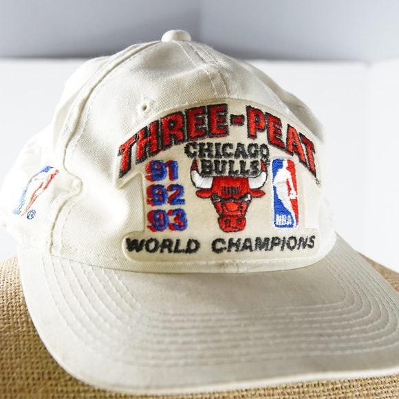 8044a6efd67 Vintage Chicago Bulls Three-Peat 91 92 93 hat